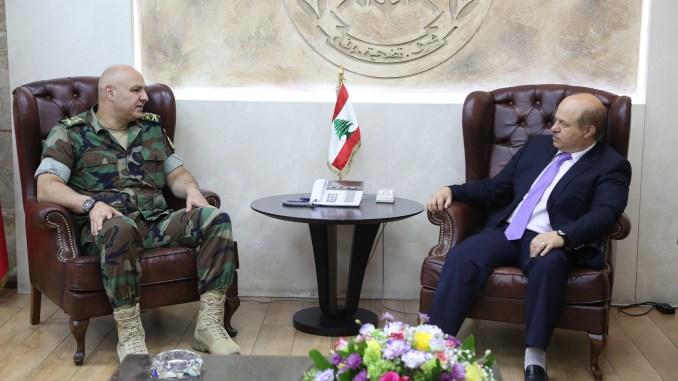 لقاء قائد الجيش اللبناني العماد جوزيف عون مع السيد رياض قهوجي