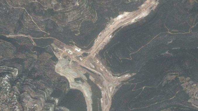 صورة الأقمار الإصطناعية التي تظهر إنشاء إيران المحتمل لمصنع صواريخ في سوريا
