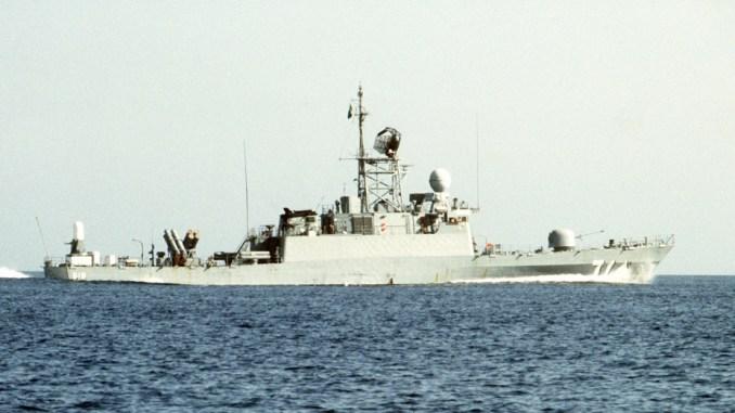 """طراد فئة """"بدر"""" تابعة للأسطول الشرقي السعودي"""