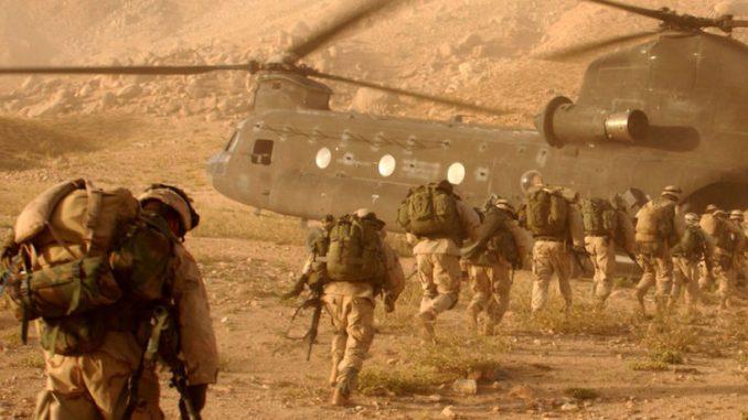 عناصر من القوات المسلحة الأميركية في أفغانستان في 2005