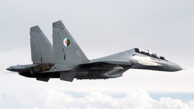 """مقاتلة """"سو-30 أم كاي أيه"""" تابعة لسلاح الجو المغربي (Wikipedia)"""