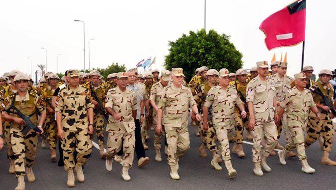 زيارة تفقدية لرئيس أركان الجيش المصري لوحدات الصاعقة المصرية بشمال سيناء (صورة أرشيفية)