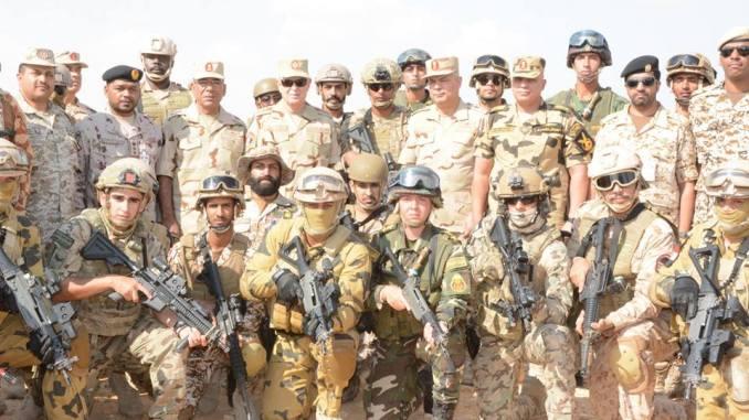تمرين درع العرب 1 في قاعدة محمد نجيب العسكرية في مصر في 6 تشرين الثاني/ نوفمبر