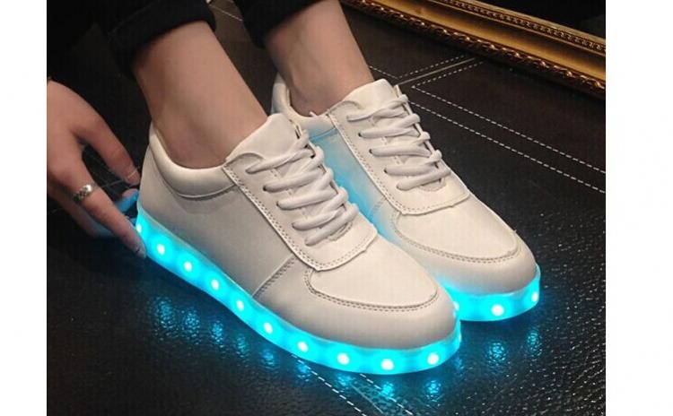 Pantofi dama led