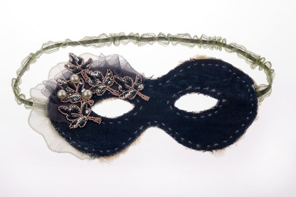 ジーンズのマスク