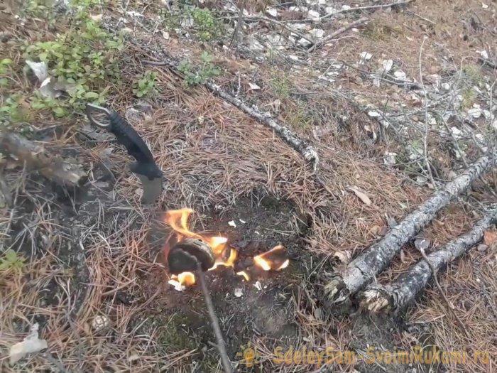 Как защититься от комаров в лесу не имея спецсредств