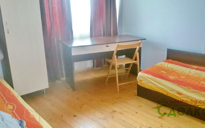 Просторен апартамент под наем