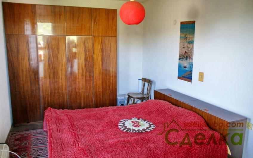 Просторен апартамент в центъра на Трявна