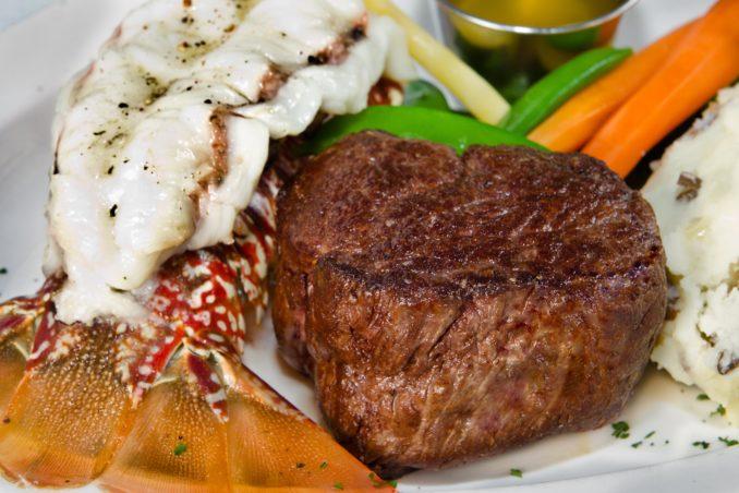 8donovans-steaklobster