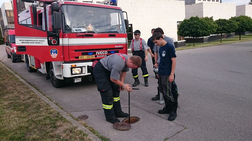 Kontrola hydrantů v našem hasebním obvodu