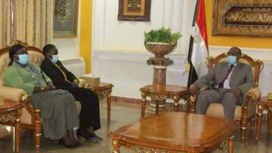 البرهان يستقبل وزيرة الدفاع بجمهورية جنوب السودان