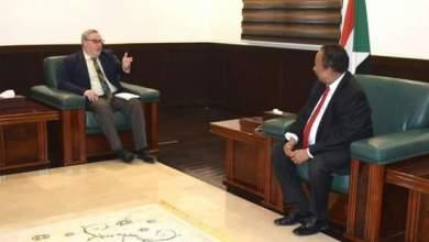 د. حمدوك يستقبل المبعوث البريطاني للسودان ودولة جنوب السودان