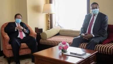 د. حمدوك يلتقى بالسكرتير التنفيذي لمنظمة الايقاد