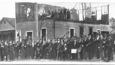 أحرق الغوغاء مقر صحيفة ويلمنغتون ديلي ريكورد