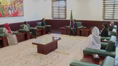حمدوك يؤكد دعمه لتعزيز المشاركة السياسية للمرأة