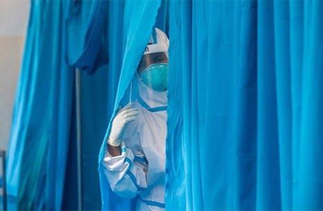 """استقالة عالم من """"الصحة العالمية"""" بسبب تقرير عن كورونا"""