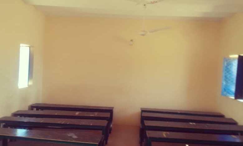 مدير تعليم بحري ومنظمة الرفقاء يطوون صفحة كفاح وصبر (600 )تلميذ