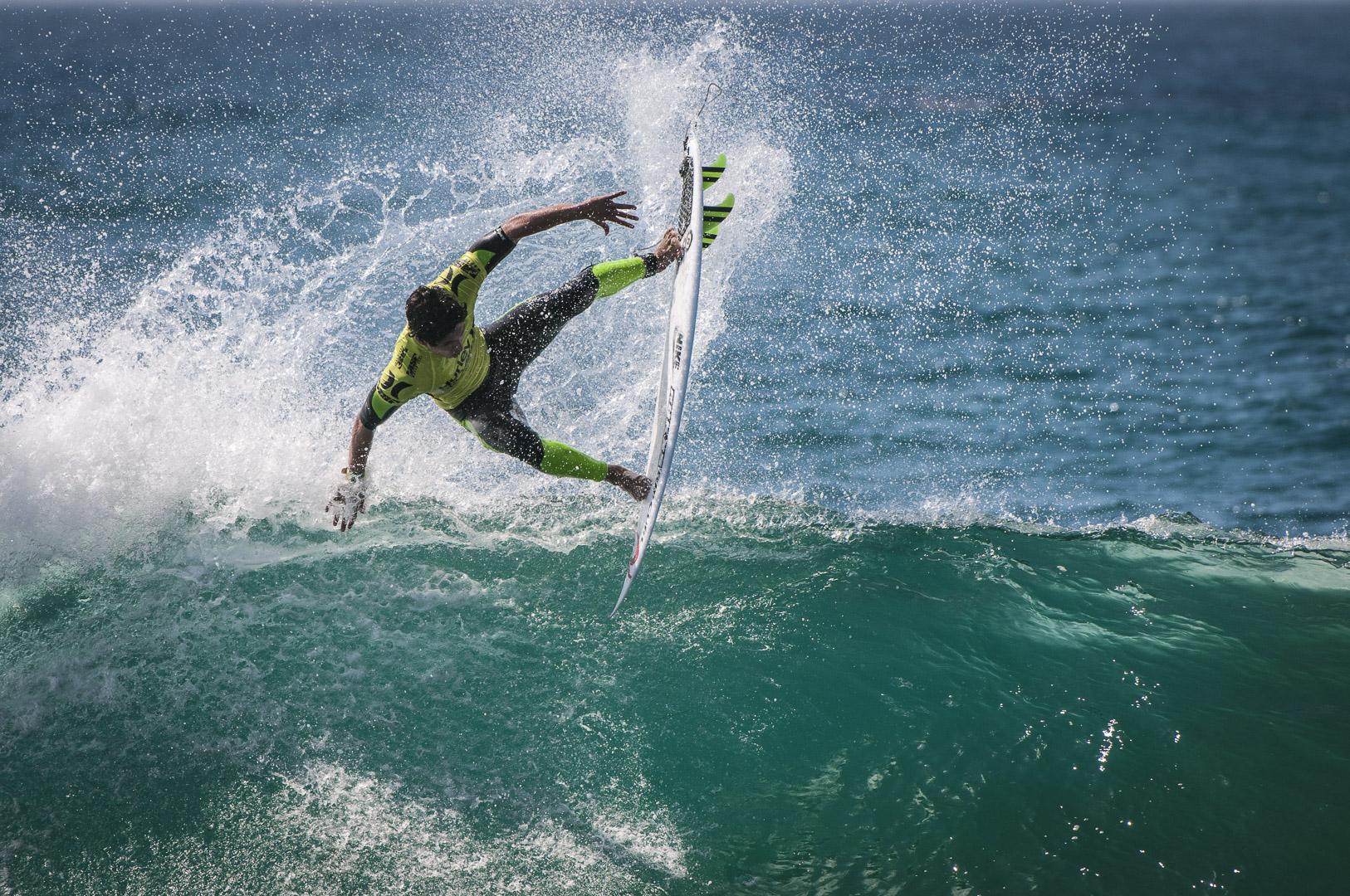 Jonathan Fennell - Surfer