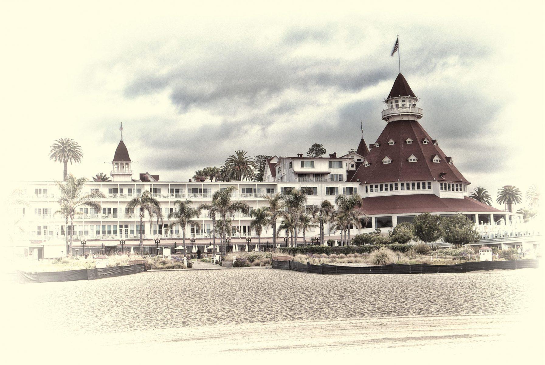 Jim McGinn - Hotel Del