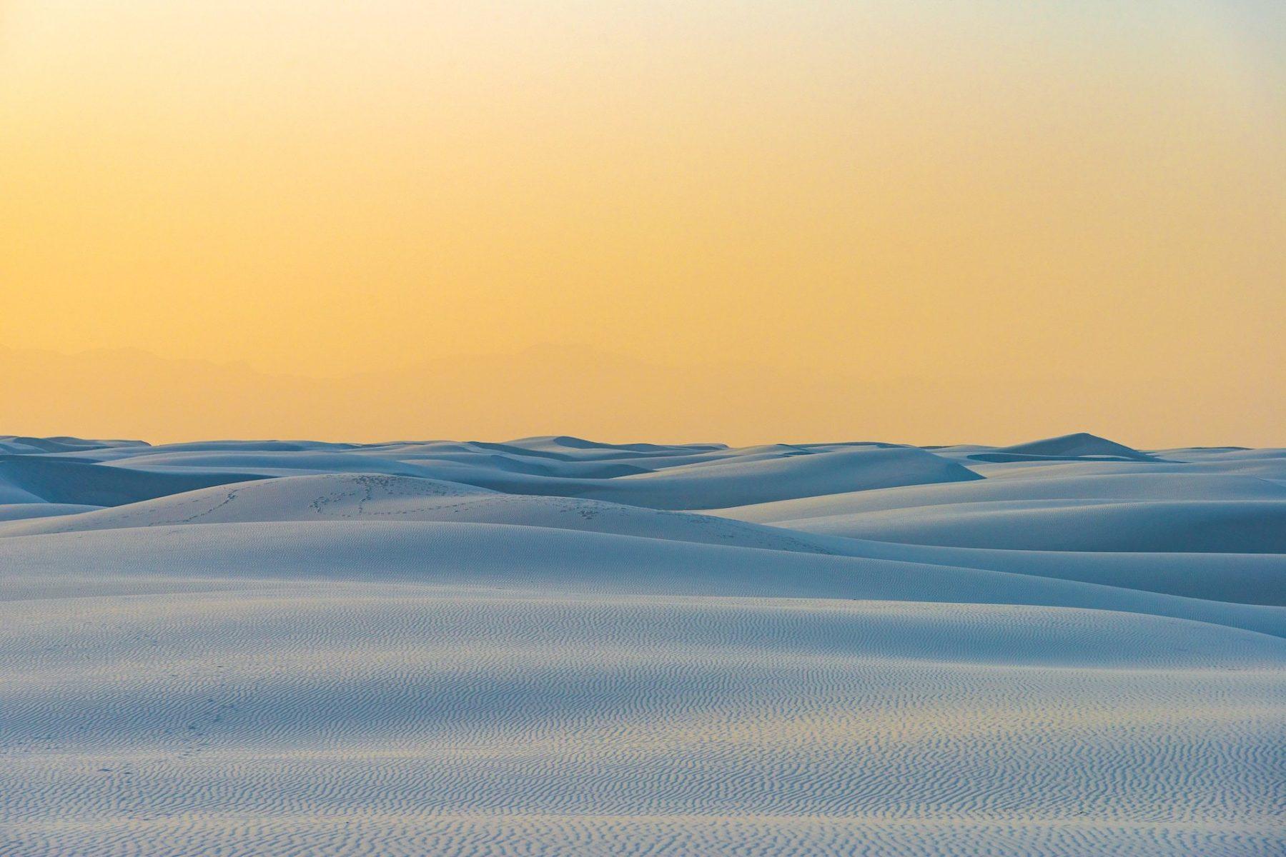 Detlev Schwabe: Emptiness White Sands