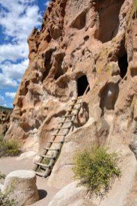 Cave dwellings on the Pueblo Loop Trail