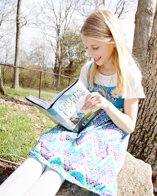 child-reading-the-green-ember