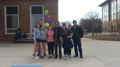 Students help manager combat color blindness