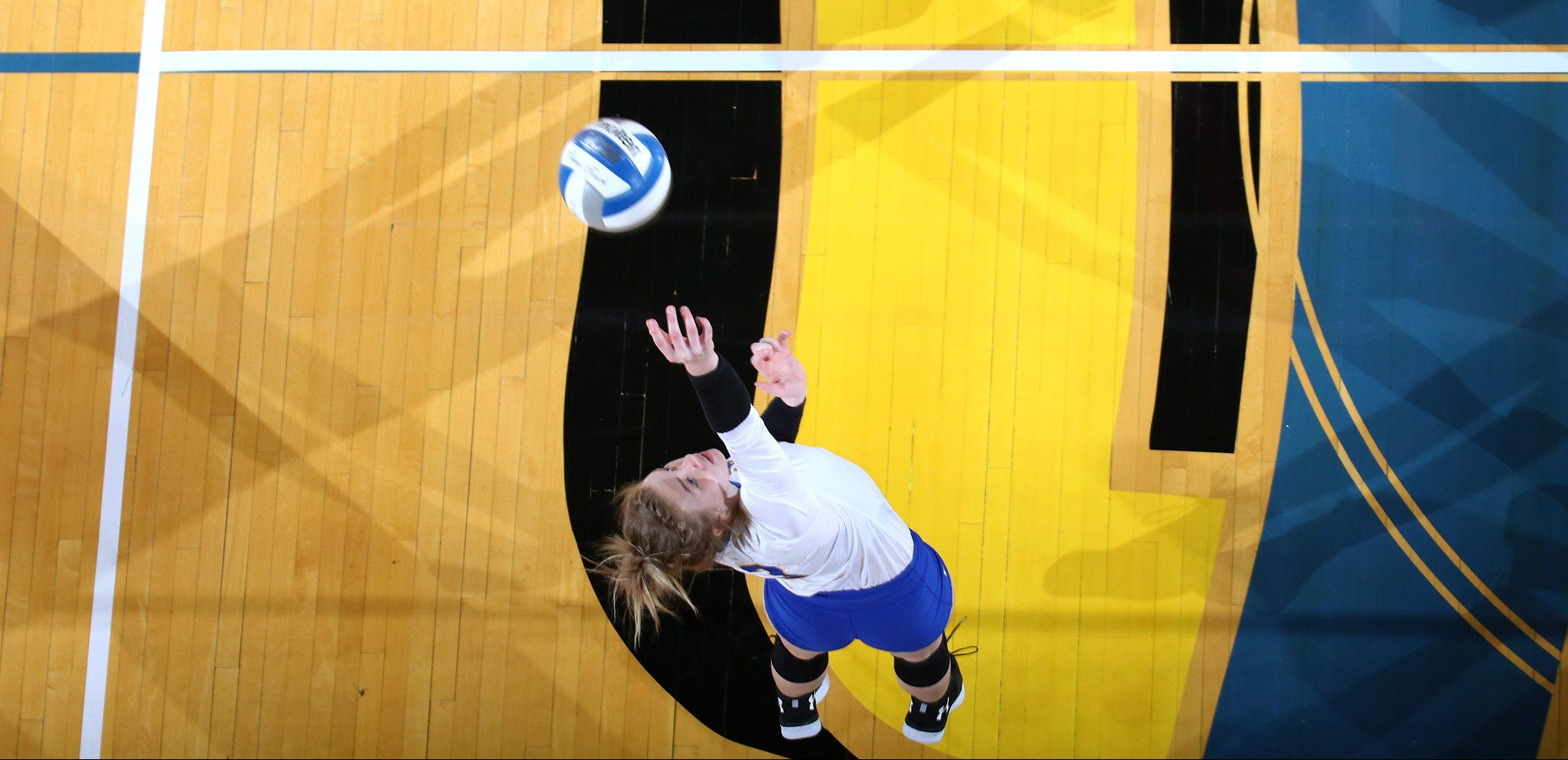 MIRANDA SAMPSON Junior outside hitter Makenzie Hennen (3) goes up for the kill during the SDSU Jackrabbits vs Omaha Mavericks volleyball match Friday, Sept. 21 in Frost Arena. The Jackrabbits lost 3-1 and will return to Frost Arena against University of South Dakota 2 p.m. Sunday, Oct. 7.