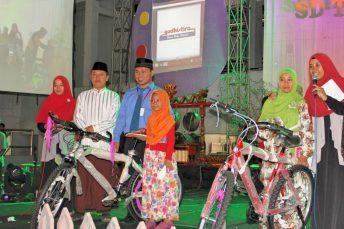 Pemenang doorprize sepeda awalussanah 2016
