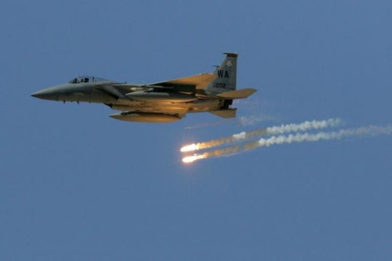 قتلى لميليشيات النظام وإيران وقصف جوي يستهدف مواقعها بدير الزور