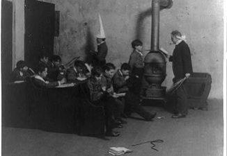 1905 classroom