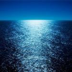 Море и лунная дорожка