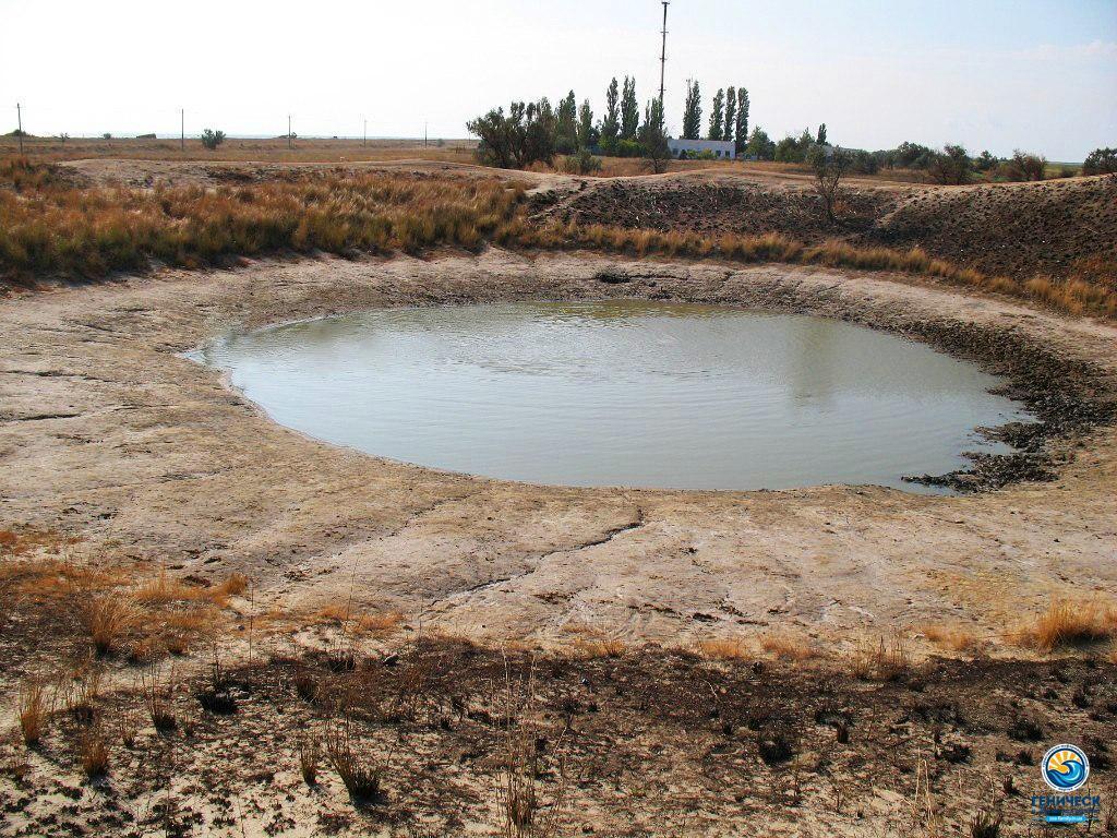 Соленое озеро в Стрелковом