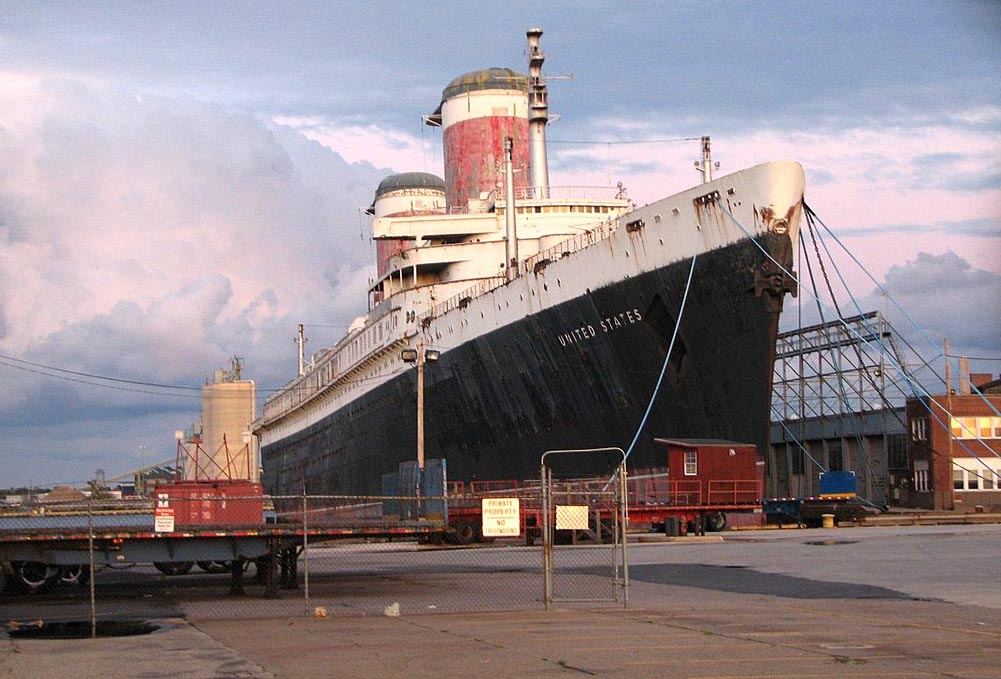 SS United States Conservancy Pays Respect to Philanthropist Gerry Lenfest