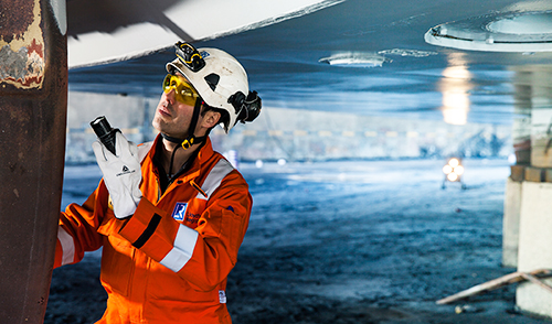 UK marine surveyor apprenticeship