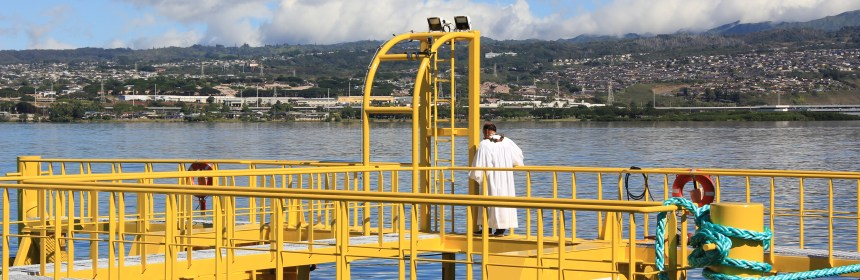 US Navy wave energy device blessing Hawaii