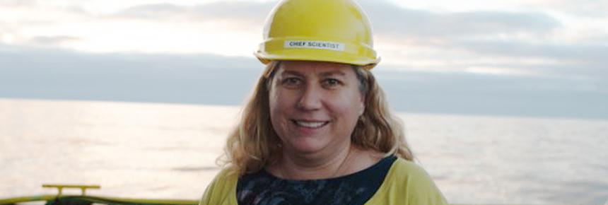 Dr. Anna PM Michel