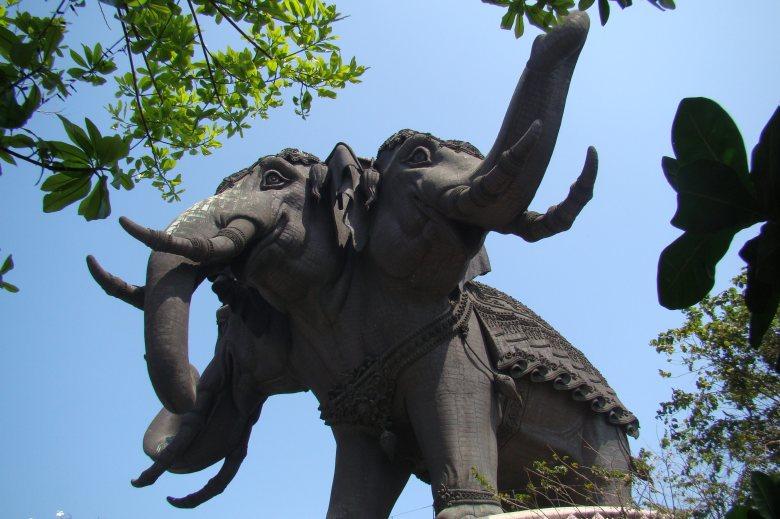 Statue d'Airavata