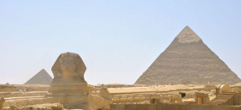 sphinx pyramides