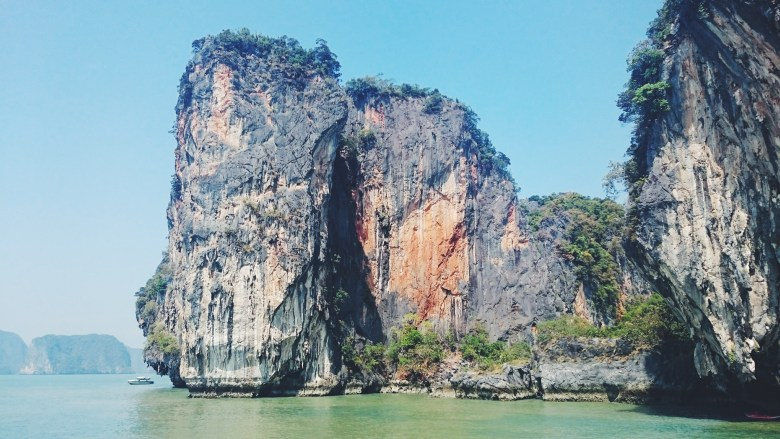 formations rocheuses baie phang nga thailande