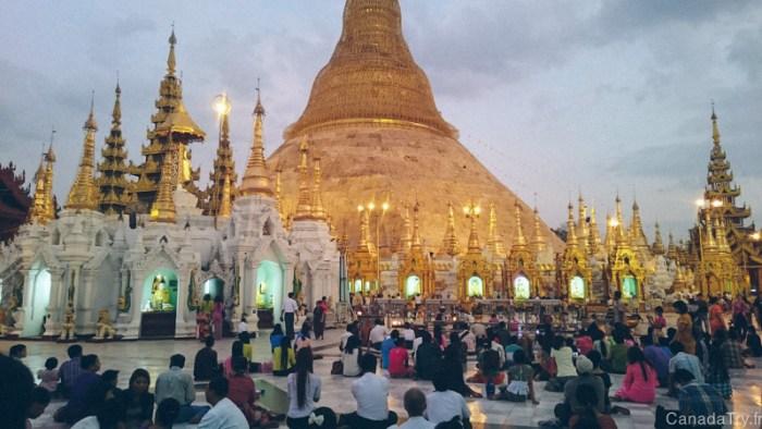 shwedagon pagoda coucher de soleil