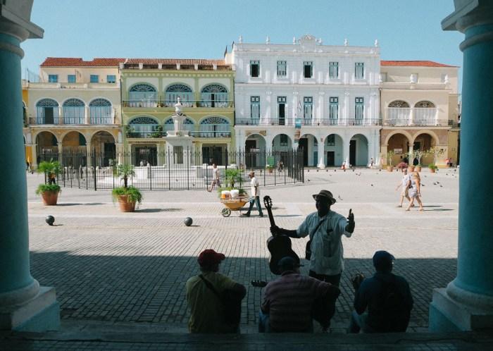 plaza vieja la havane cuba