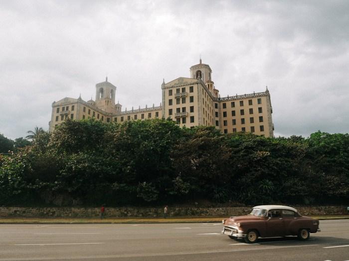 hotel national et voiture américaine la havane