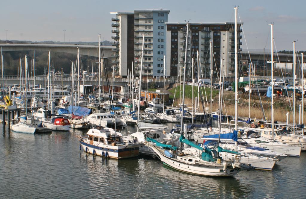 <c:out value='Ty Gwalia, Pier Head View, Penarth, Vale Of Glamorgan, CF64 1SJ'/>