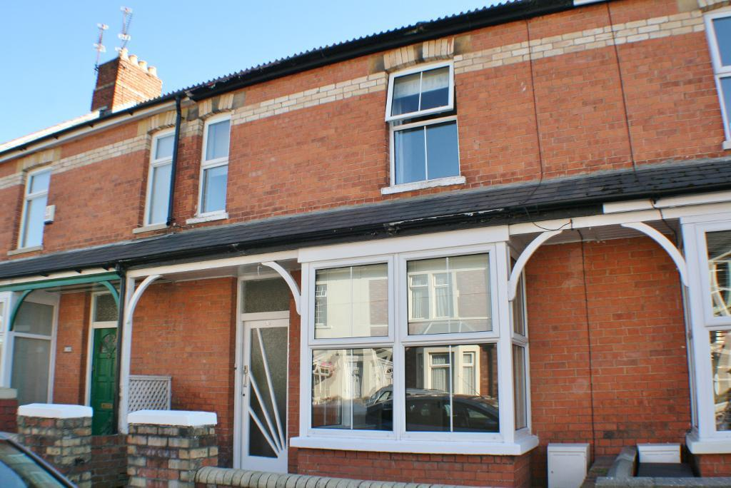 West Terrace, Penarth, CF64 2TX