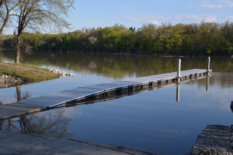 st-vital boat launch L6 dock aluminum dock system - high water