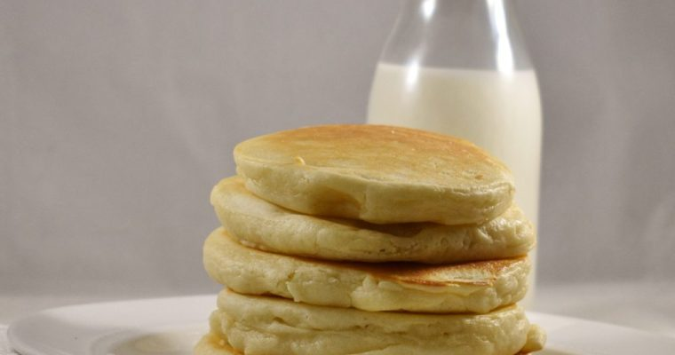 Easy Thick n' Fluffy Pancakes