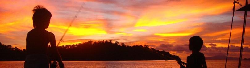 Sunset fishing @ GoSeaCamping