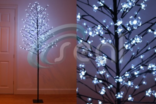 LED Blossom Tree – White