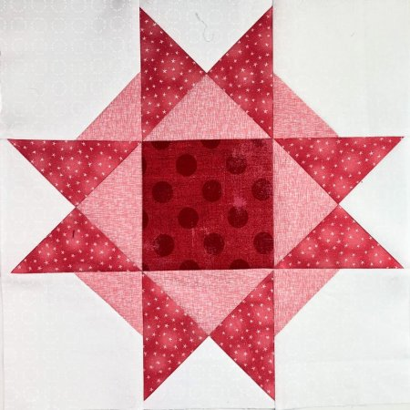 Current Quilt Alongs featured by top US Quilting blog Seams Like a Dream Quilt Designs: Stitch Pink